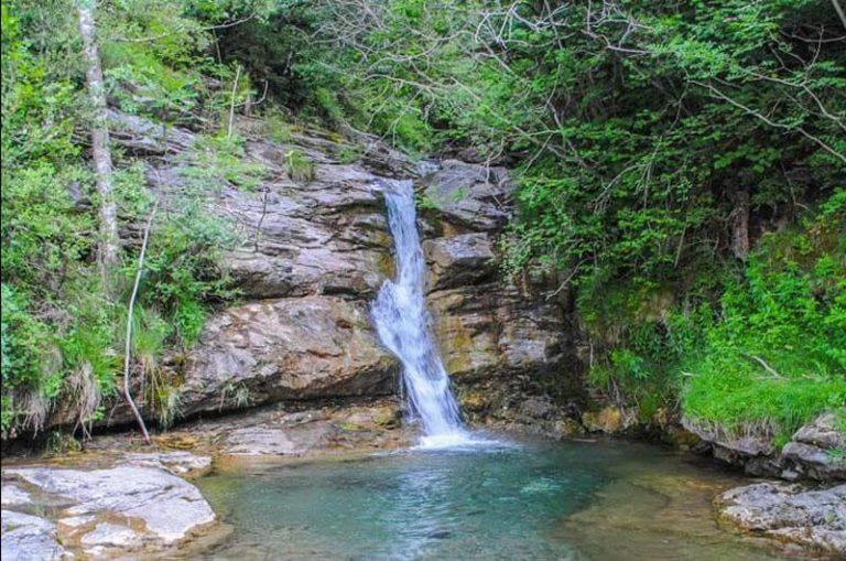 Ruta-a-la-Vall-Fosca-amb-nens-de-La-Torre-de-Capdella-a-Mont-ros041